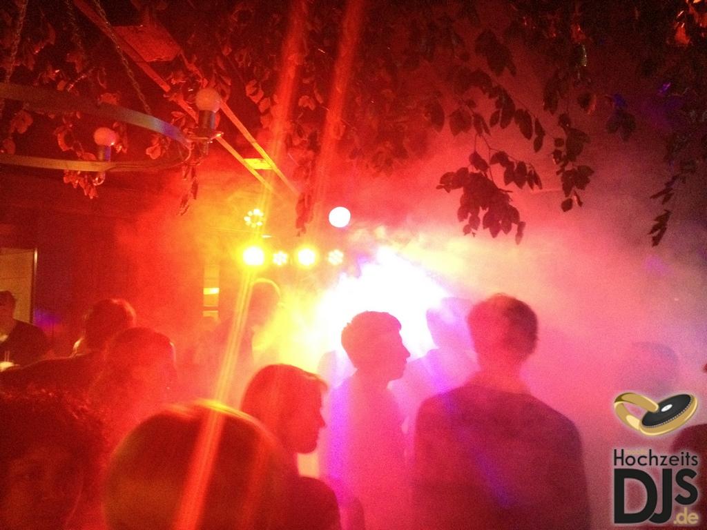 Licht und Nebel mit DJ Paket Elegance
