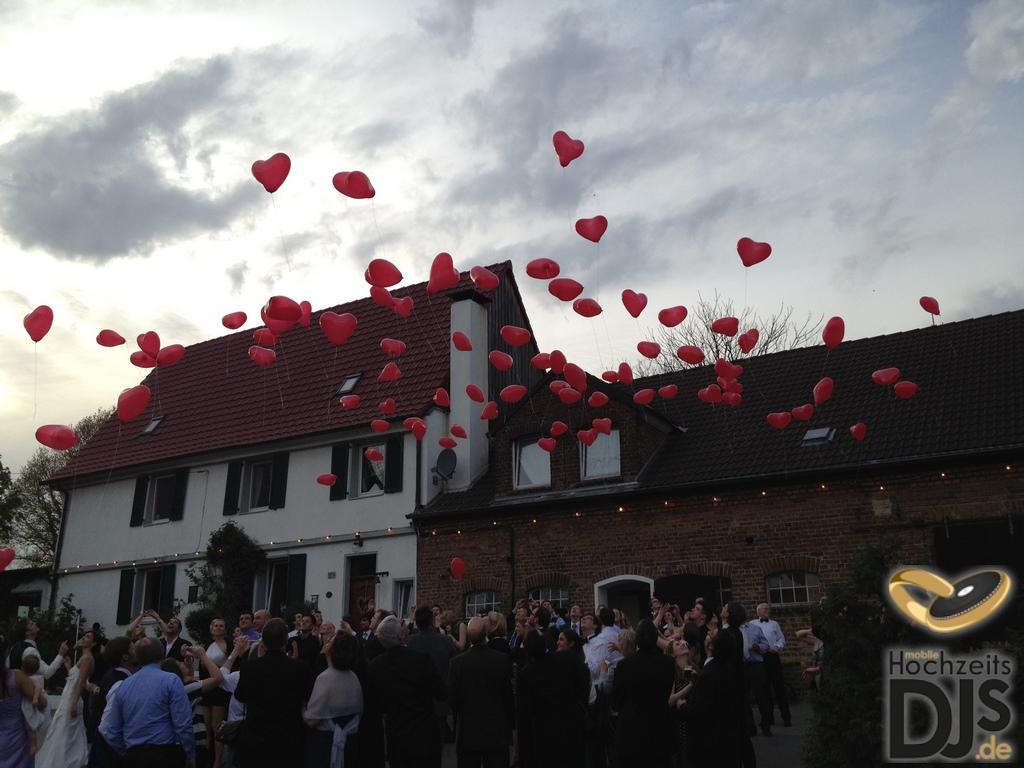 Herzen Ballons Sektempfang