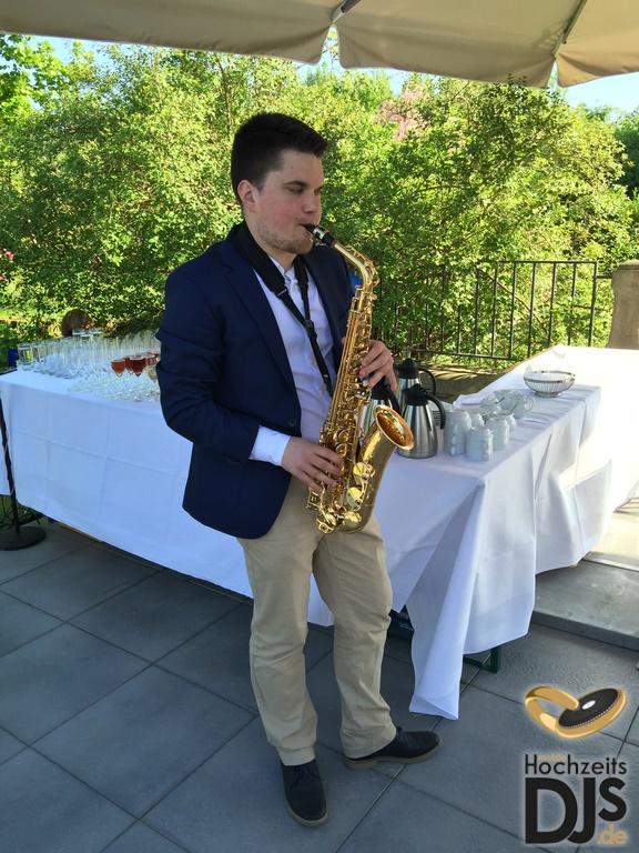 Saxophonist zum Empfang