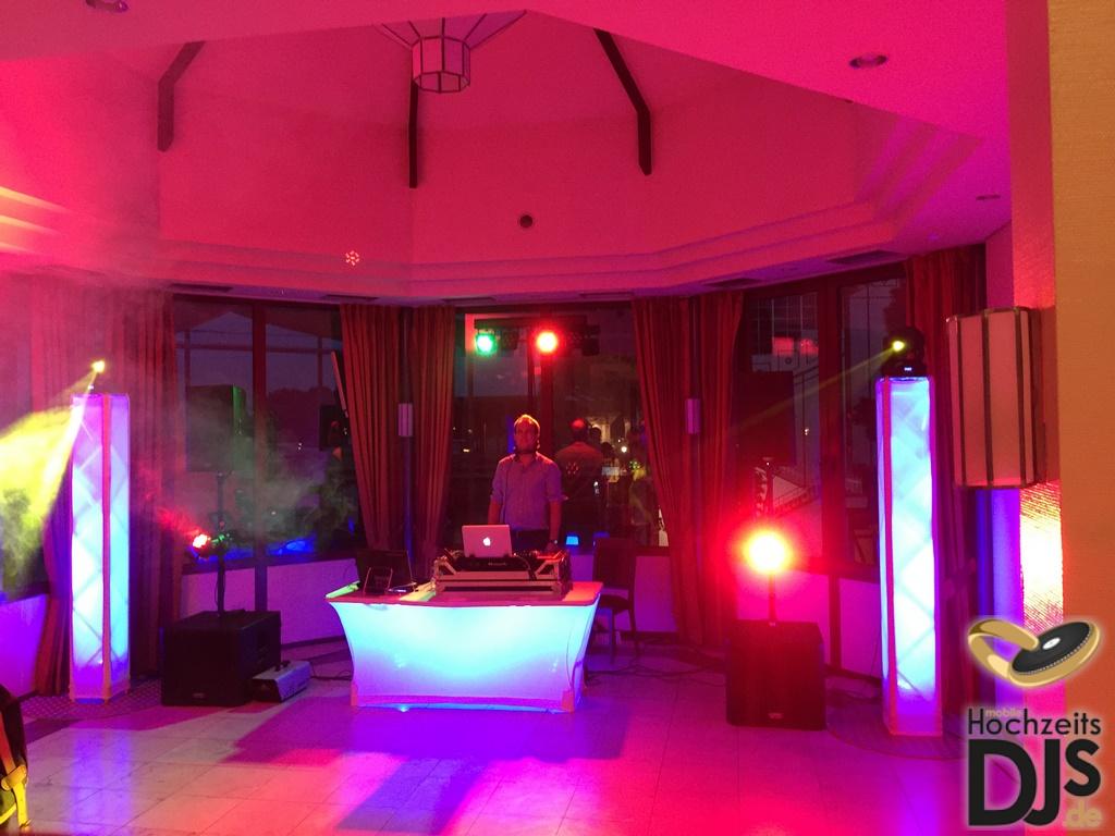 DJ Paket Superior B mit DJ Tisch