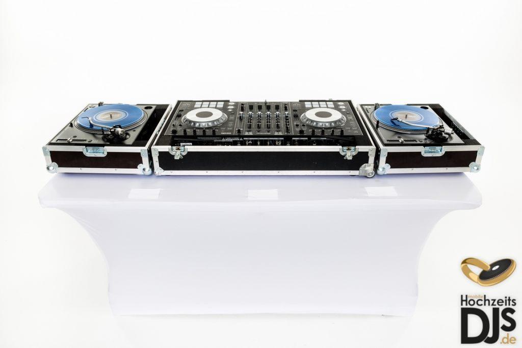 Turntables mit DJ Controler