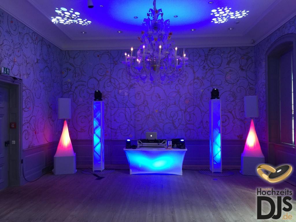 White-Wedding-Paket mit DJ Paket Superior