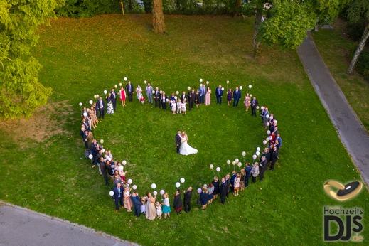 Einzigartige Hochzeitsfotos Und Hochzeitsfilme Per Drohne