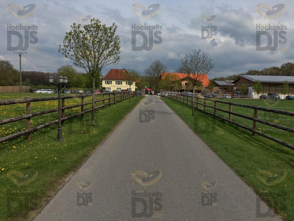 Zufahrt zum Landgut am Hochwald
