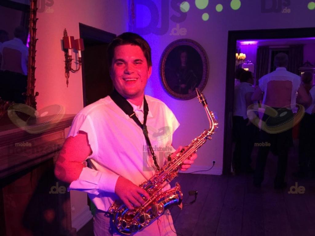 Saxophonspieler im Schloss Auel Lohmar