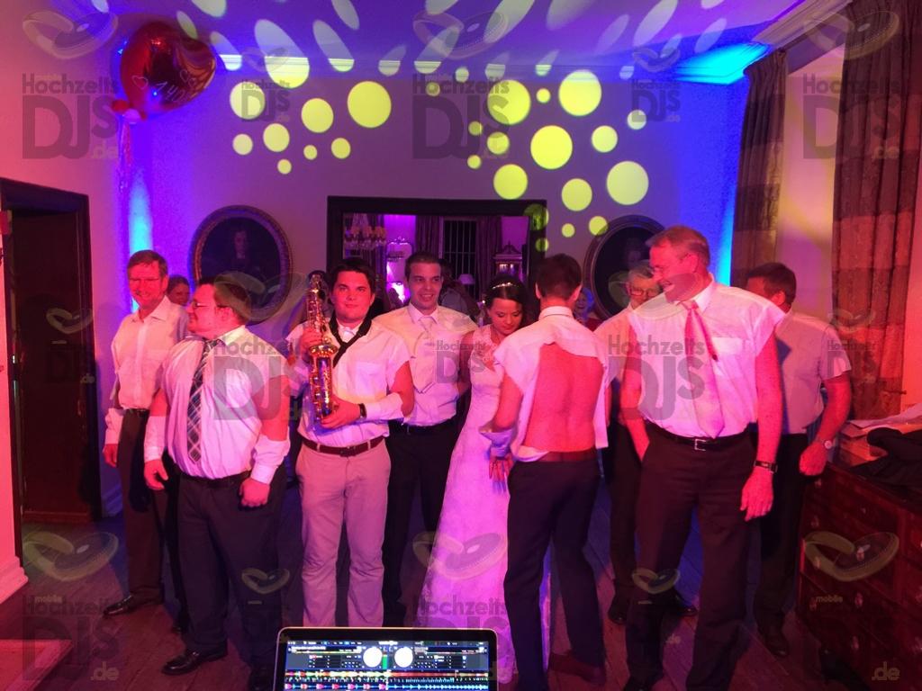 Partypeople im Schloss Auel Lohmar