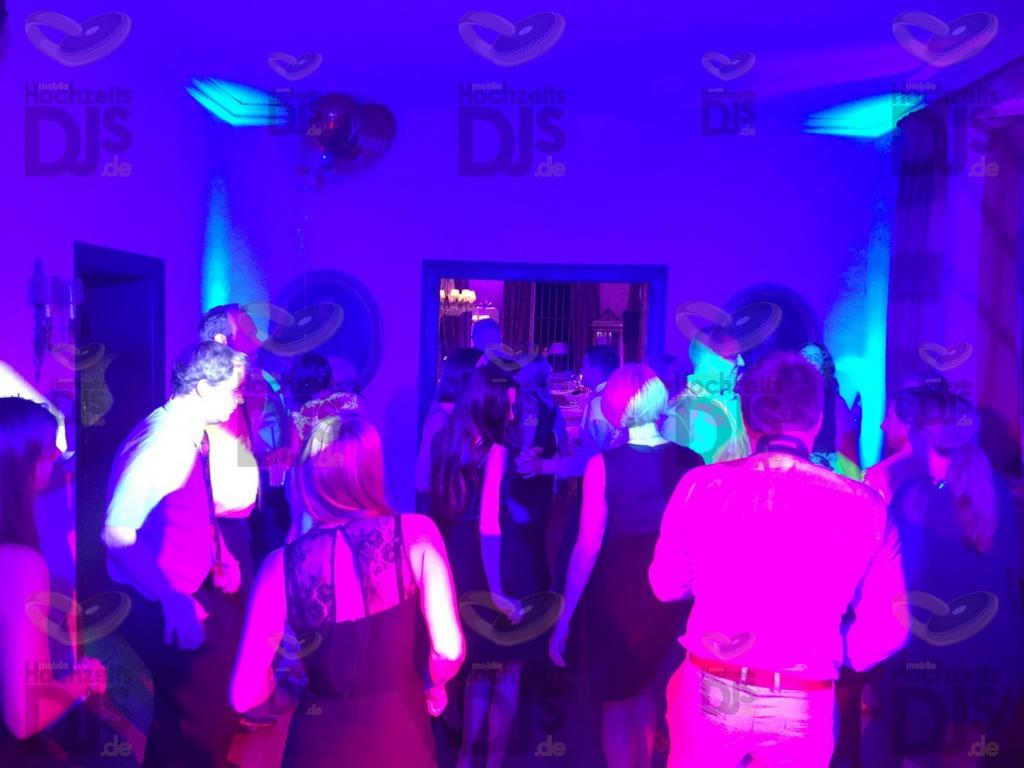 Partybeleuchtung im Schloss Auel Lohmar