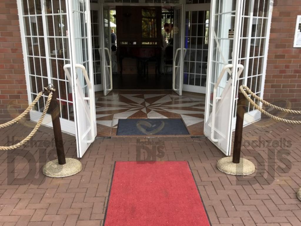 Roter Teppich im Haus Deichgraf