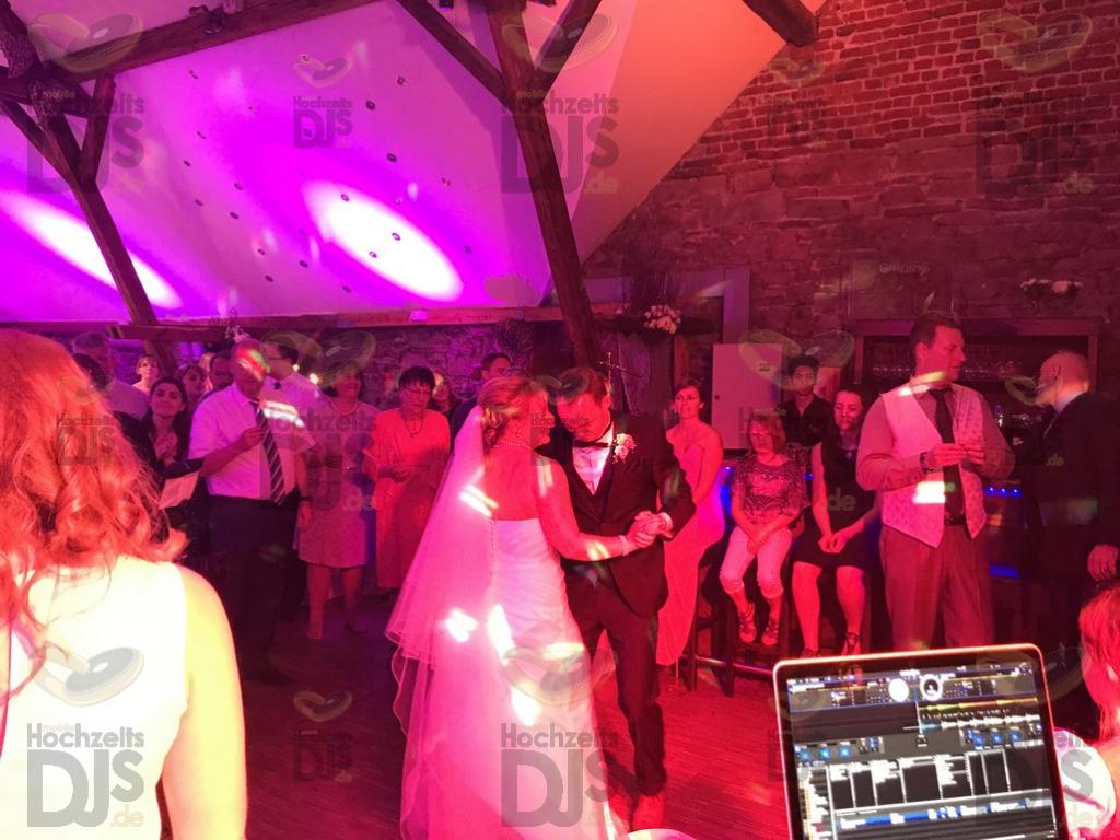 Braut und Bräutigam im Landhaus Grum