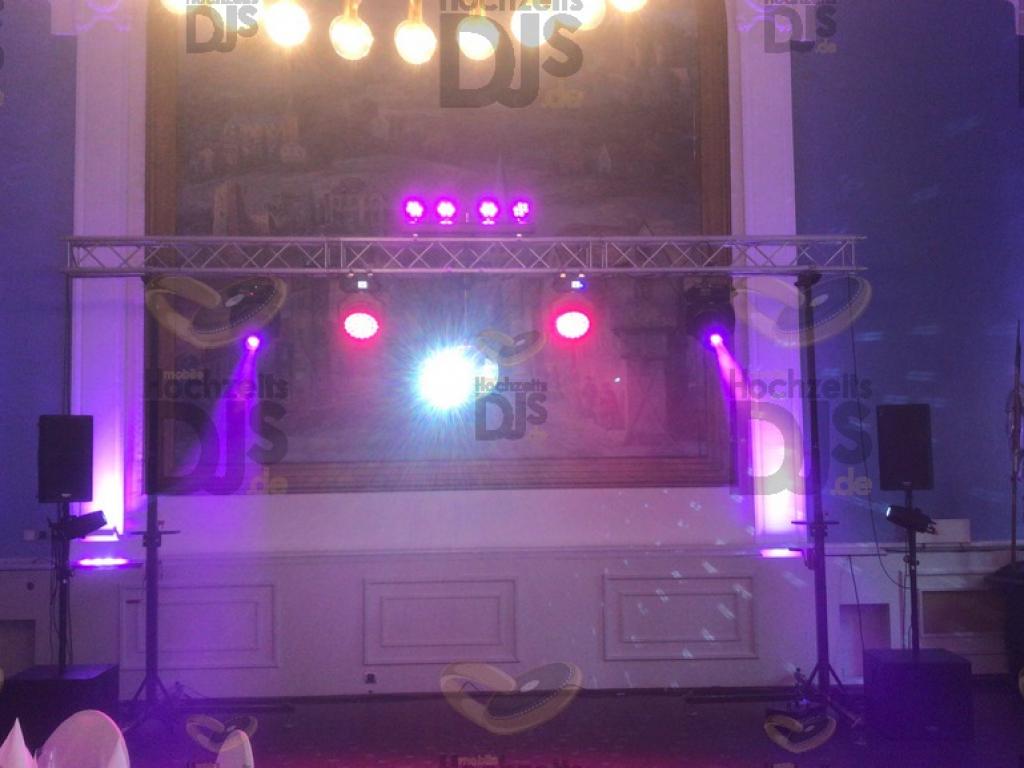 Aufbau DJ Paket Superior A in der Neue Schulenburg Hattingen