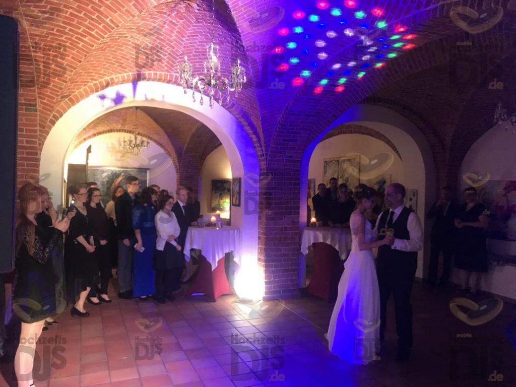 Braut und Bräutigam im Schloss Nordkirchen