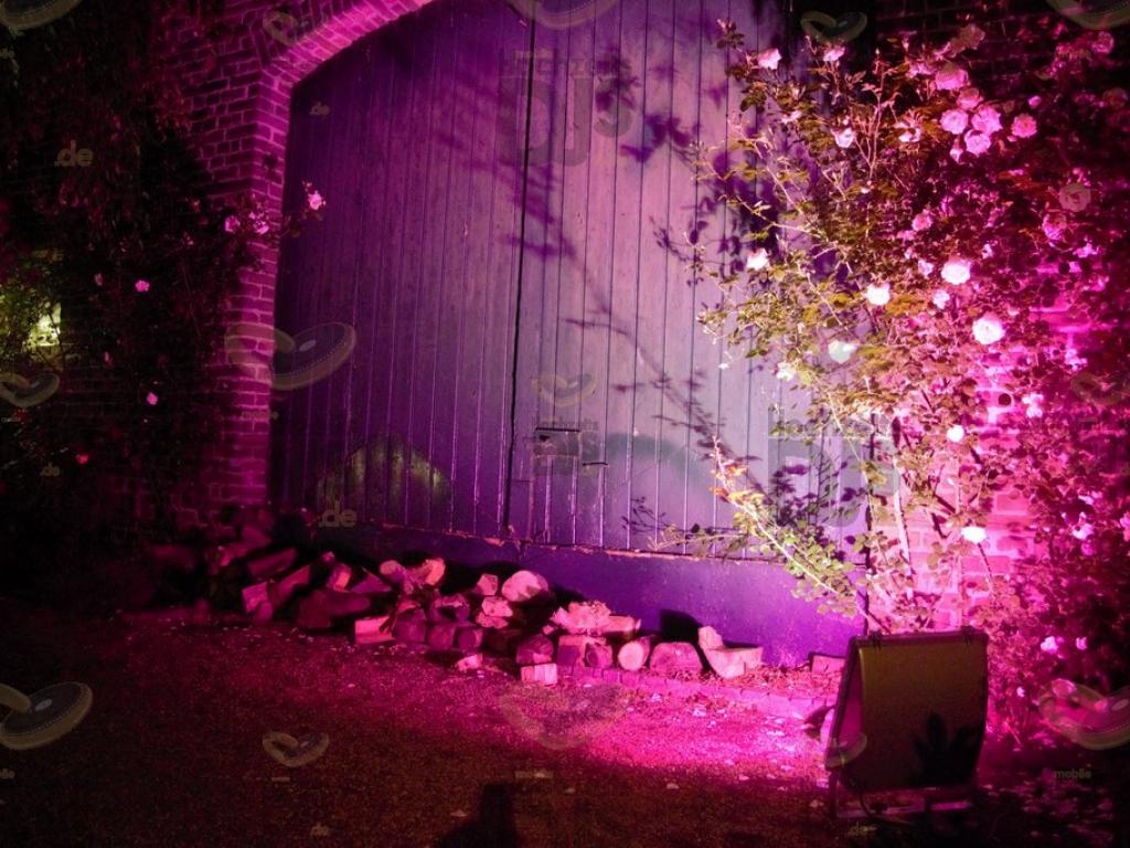 Outdoorbeleuchtung im  Feltgenhof Moers