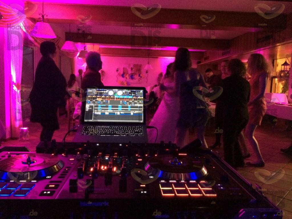 Hochzeit Speisesaal im Haus Klippenberg