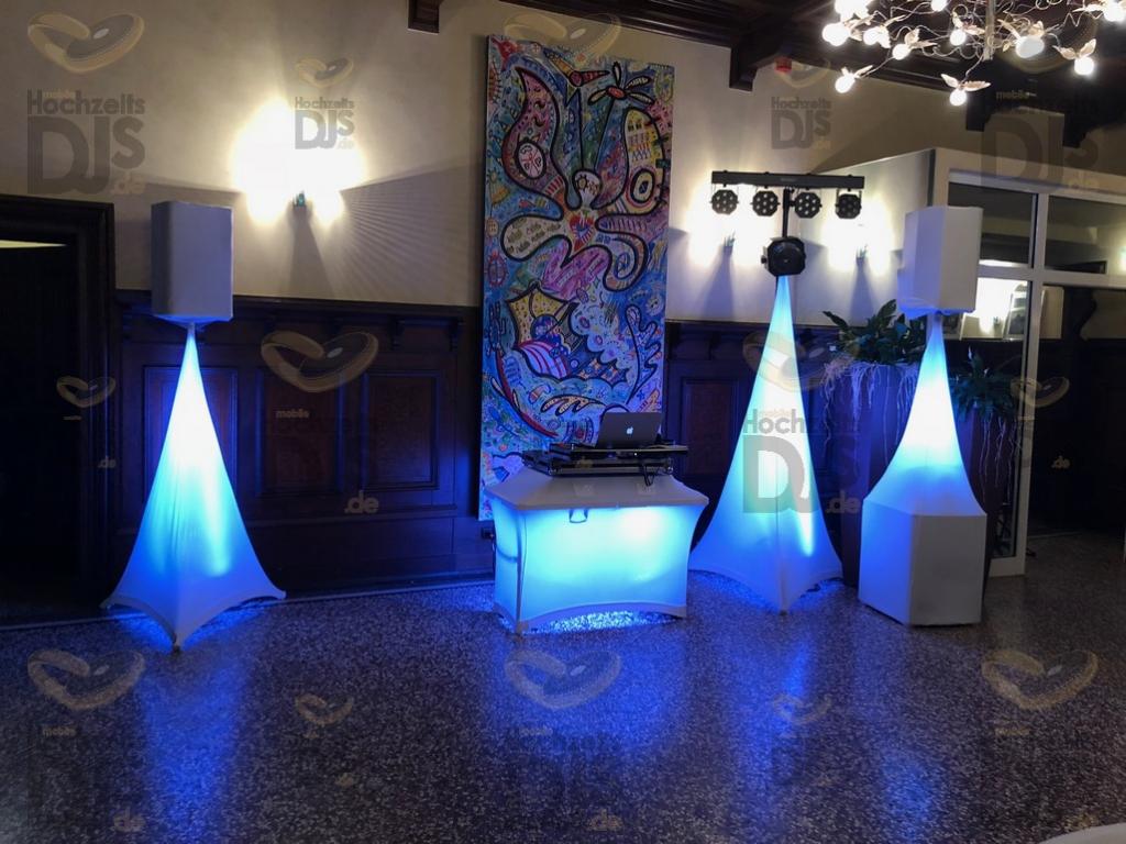 Schloß Eicherhof Elegance + White Wedding