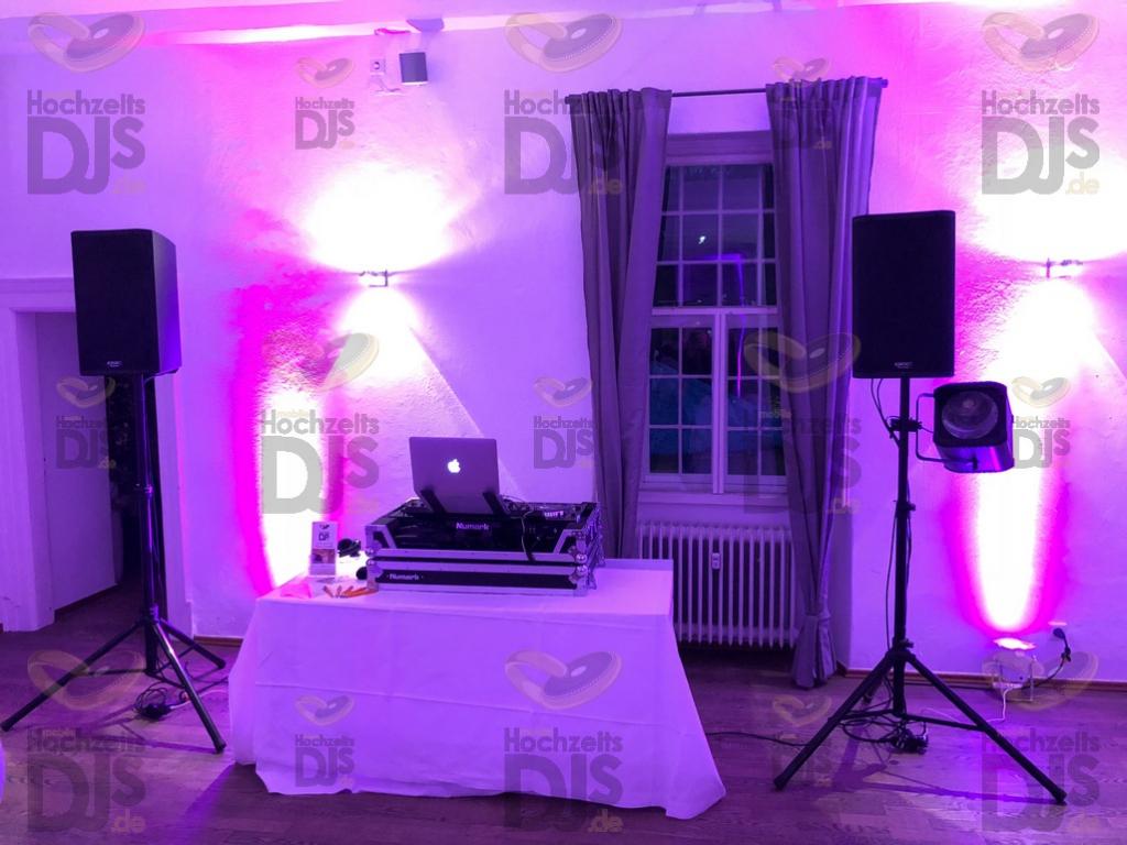Aufbau DJ Paket Basic im Schloss Lüntenbeck