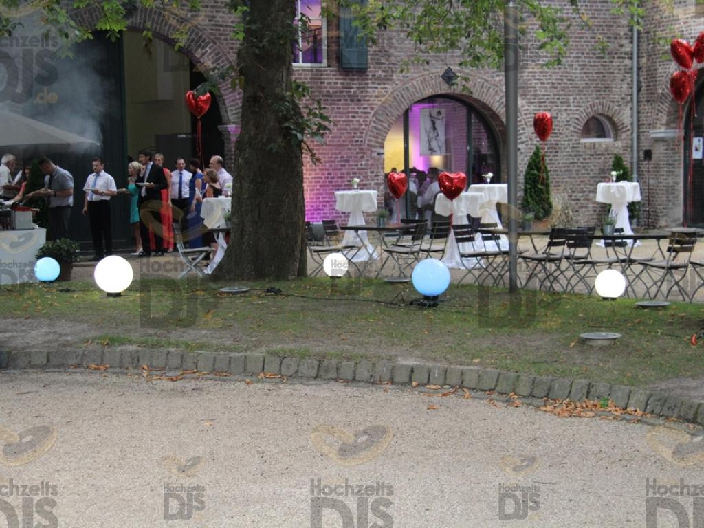 Kugelleuchten im Schloss Paffendorf Bergheim