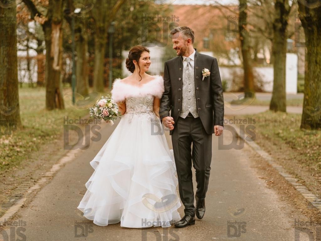 Braut und Bräutigam im Landgut Ramshof in Willich