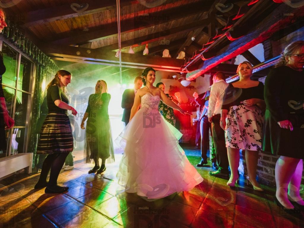 Hochzeitsfeier im Landgut Ramshof in Willich