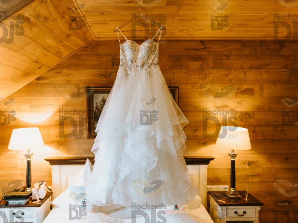 Brautkleid im Landgut Ramshof in Willich