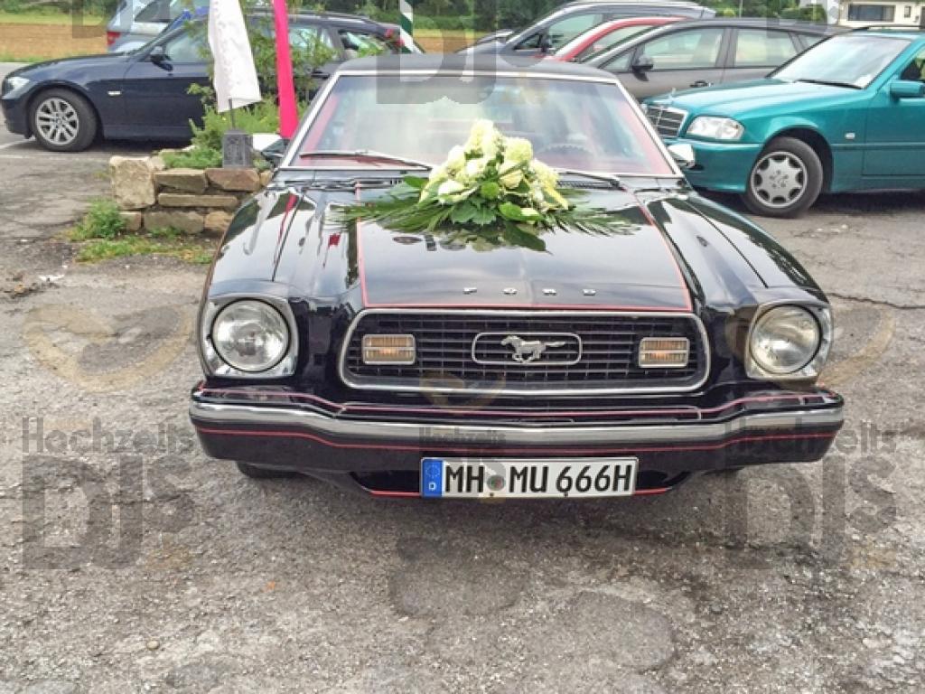 Hochzeitsauto im Schloss Ehreshoven Engelskirchen