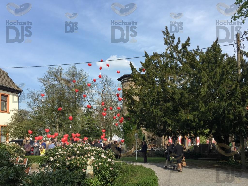 Luftballons im Schloss Steinhausen Witten