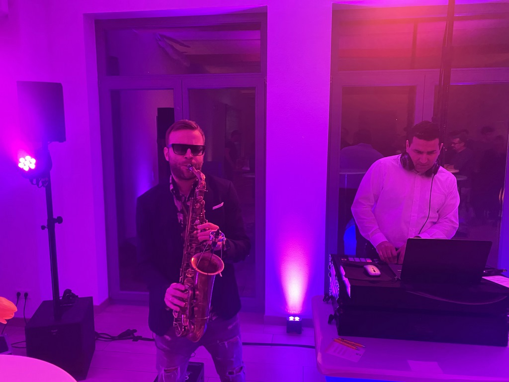 Saxophonist am Sandhofsee Neuss