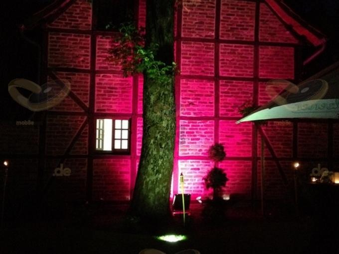 Aussenansicht mit HQI Scheinwerfer am Kaiserhof