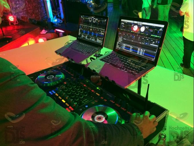DJ Controler im MonBerg