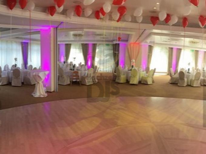 Panoramaansicht des Festsaals im Rheinhotel Vier Jahreszeiten