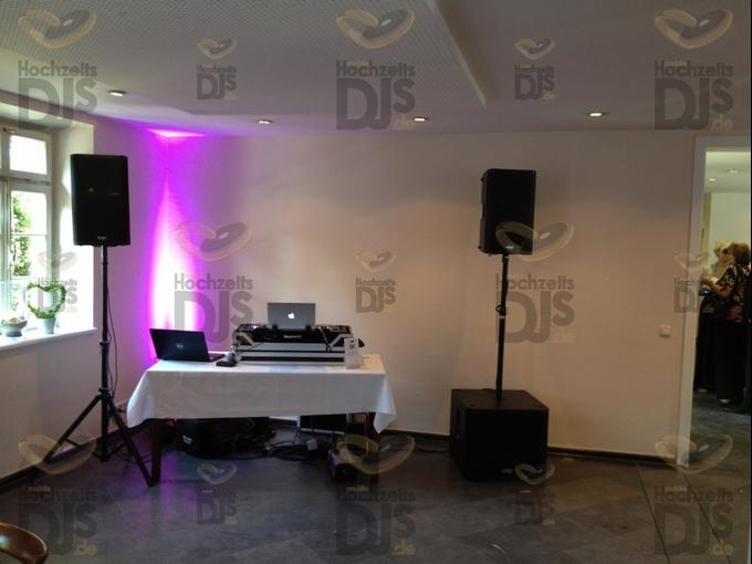 Aufbau DJ-Paket Elegance im Rittergut Birkhof