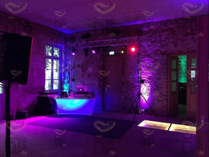 Aufbau DJ-Paket Superior A im Rittergut Orr