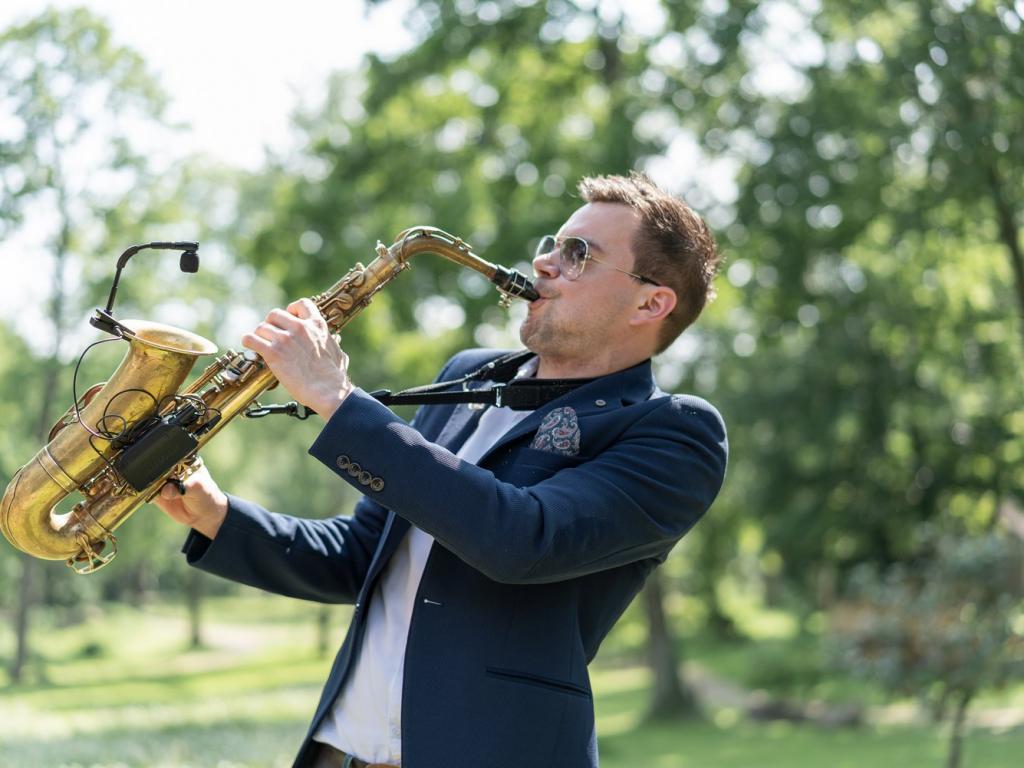 Saxophonist im Rittergut Orr