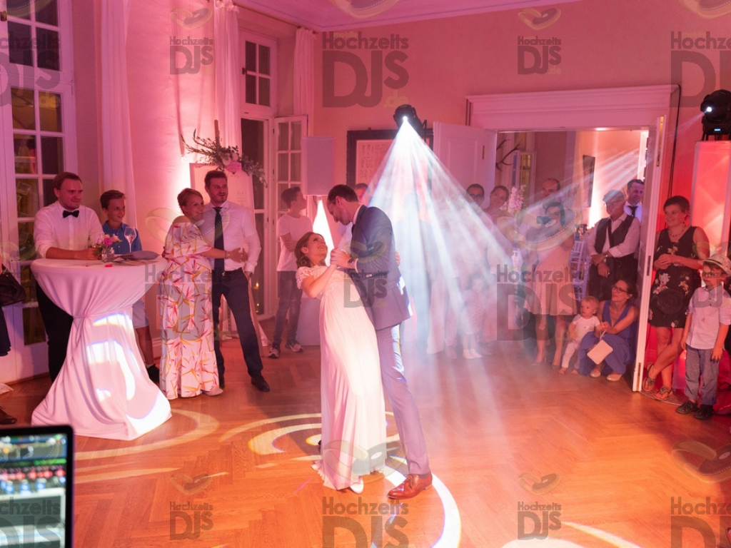 Schloss Diersfordt Wedding Dance