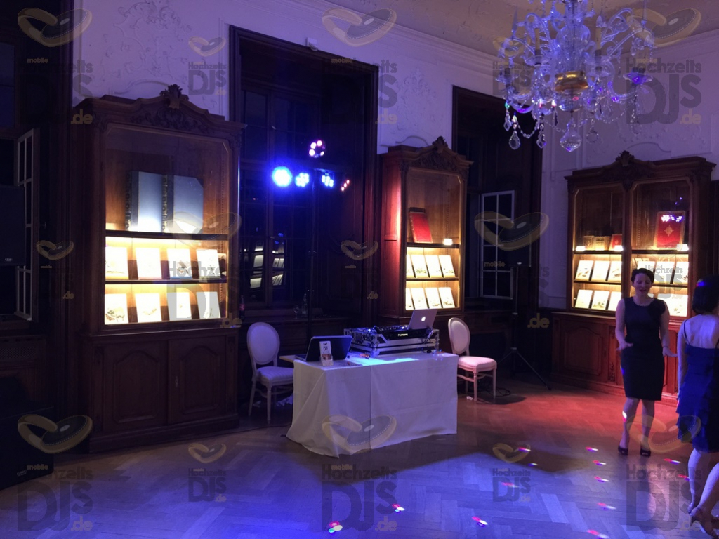 Beleuchtung des DJ-Pakets Elegance im Schloss Dyck
