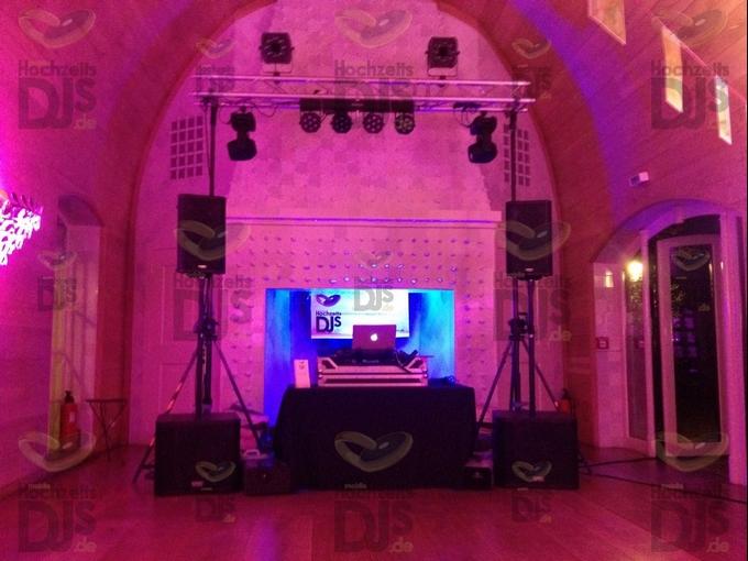 Aufbau DJ-Paket Superior A in Schloss Gartrop