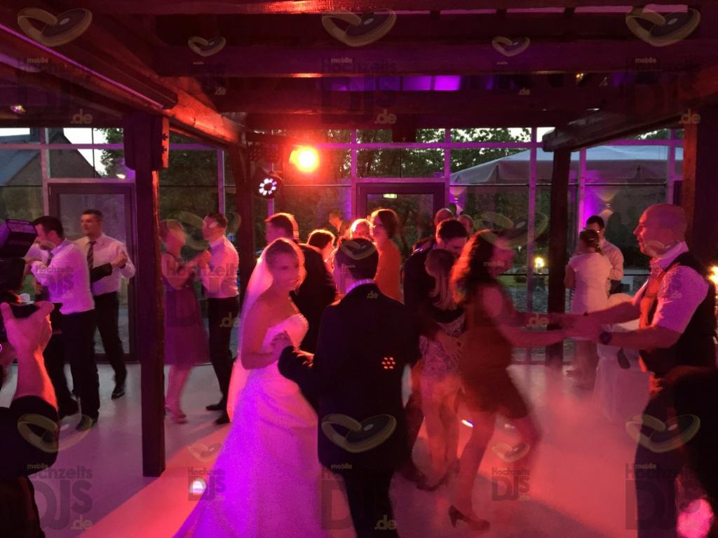 Schloss Linnep Hochzeitsparty
