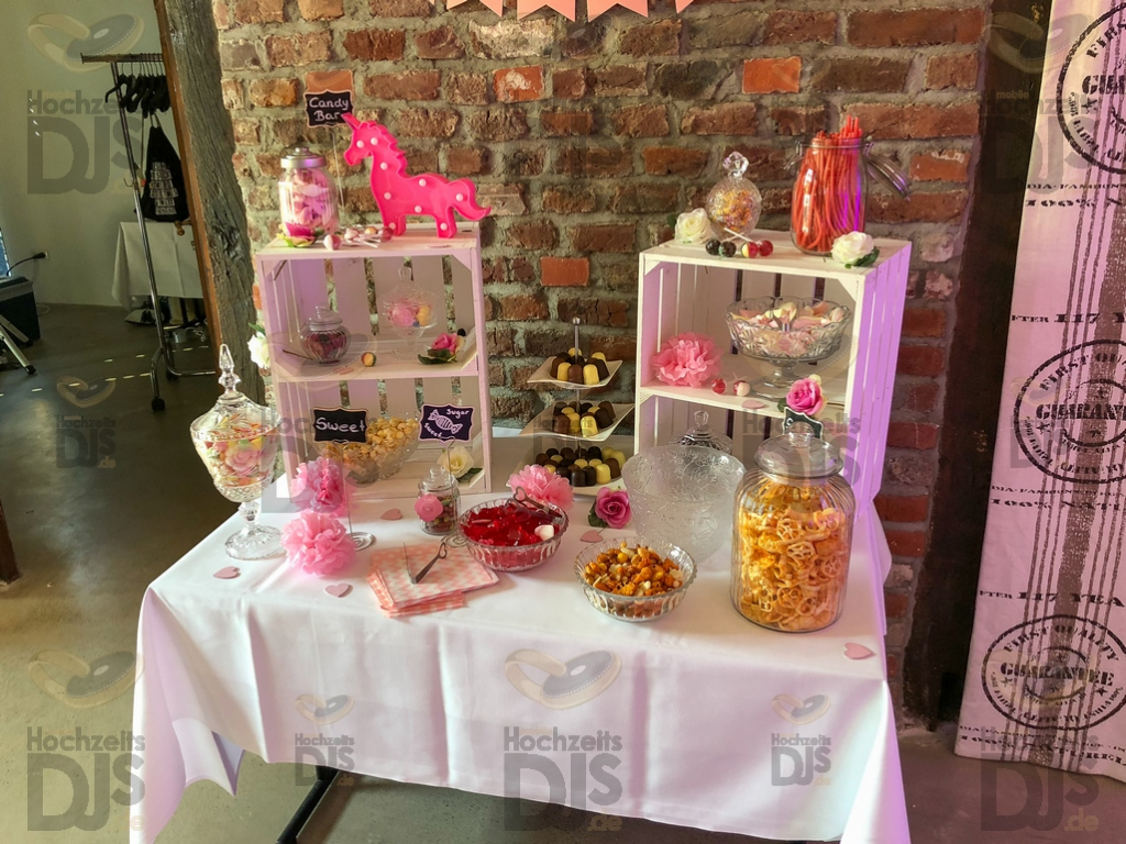 Schloss Linnep Candy Bar