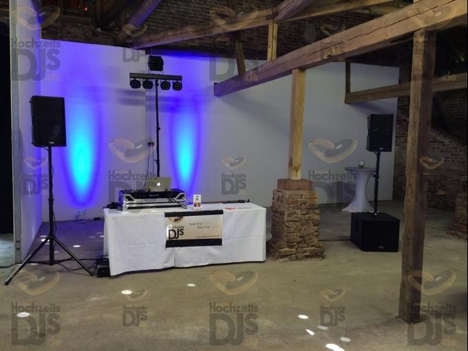 Aufbau DJ-Paket-Elegance in Schloss Meierhof