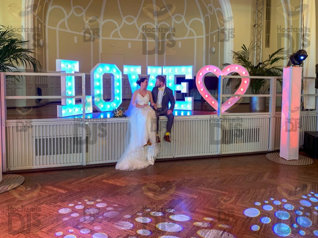Brautpaar im Stadtgarten Steele