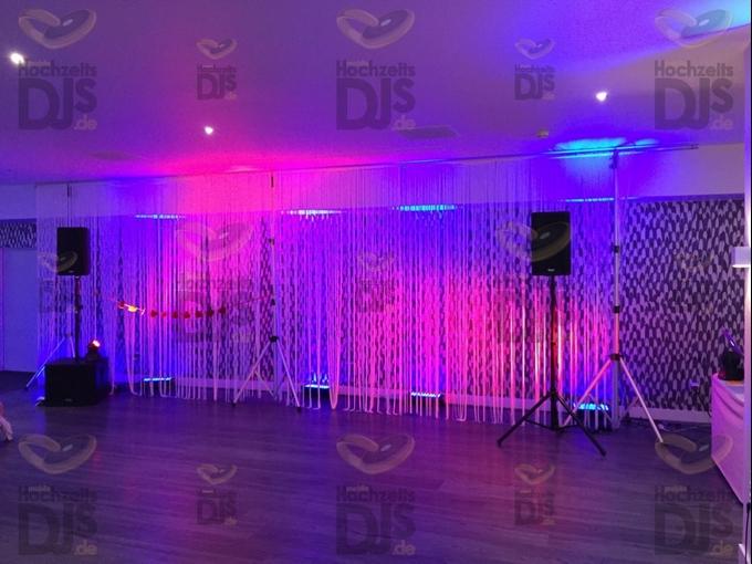 Aufbau DJ-Paket Elegance im Bettenkampersaal des Van der Valk Moers