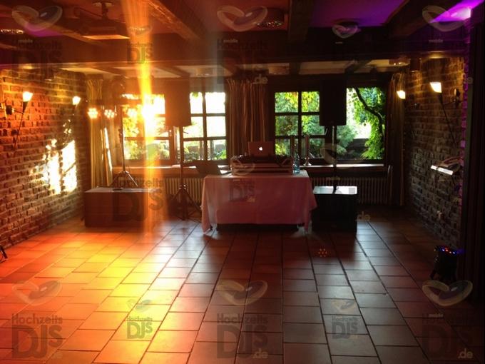 Aufbau DJ-Oaket Elegance im Gut Hoehne