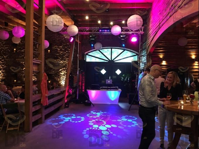 Aufbau DJ-Paket Superior A bei Bauer Kamesheidt