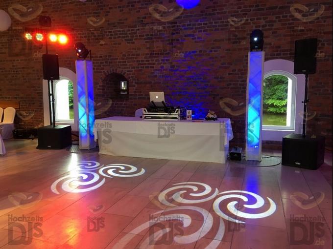 Aufbau DJ Paket Superior B in der Burg Heimerzheim