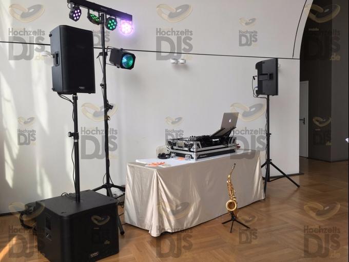 DJ-Paket Elegance mit Lichttechnik in der Flora Köln