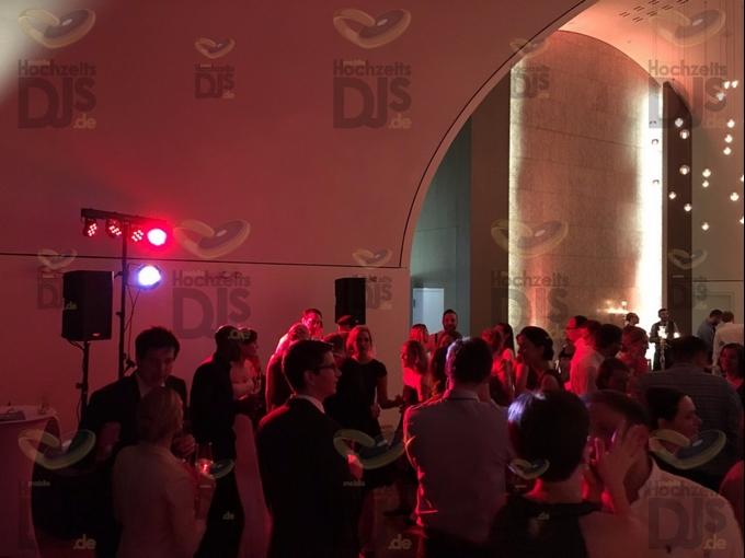 DJ-Paket Elegance auf der Hochzeit in der Flora Köln
