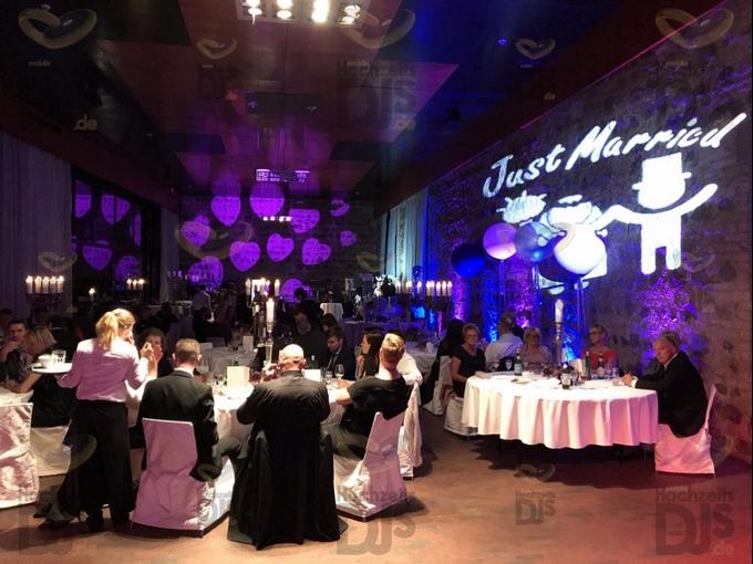 Hochzeitsessen mit Floorspots in der Godesburg