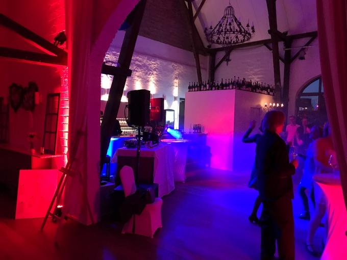 DJ-Paket Elegance mit Lichttechnik im Golfclub Meerbusch
