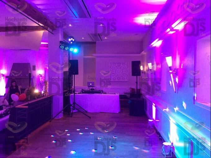 Aufbau DJ-Paket Elegance in Gut Dyckhof