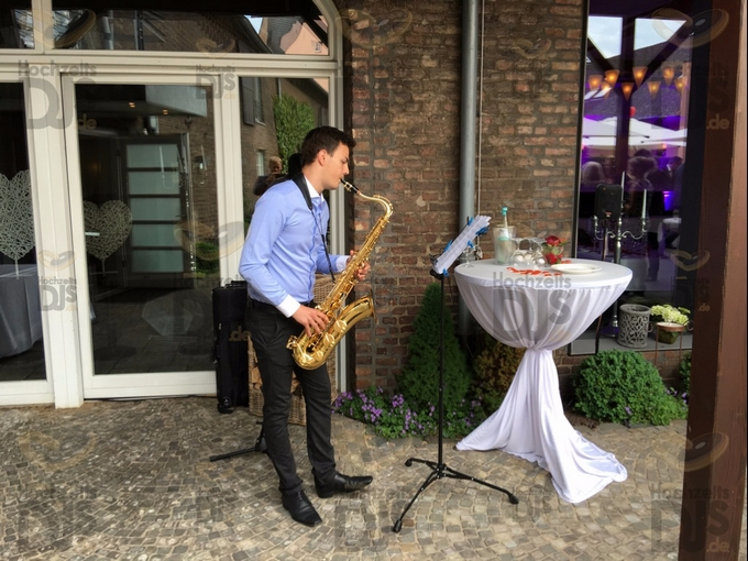 Saxophonist in Gut Dyckhof