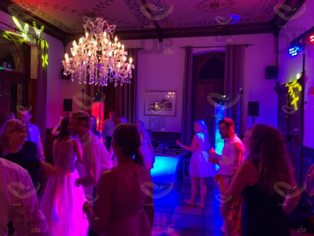 Feier in der Marienburg Monheim